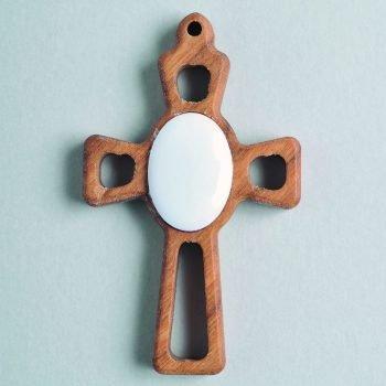 Ciondolo croce in legno