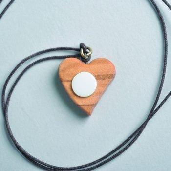 Heart pendant in wood