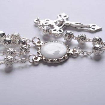 Metal crown-Detail