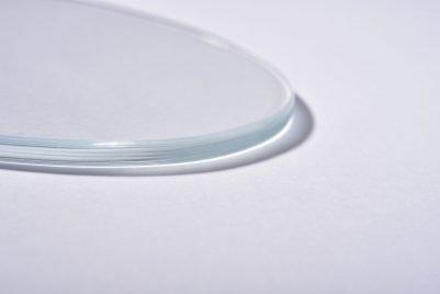 Detalle de cristal ovalado de 5 mm